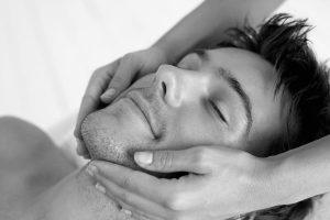 Massage pour faire pousser la Barbe
