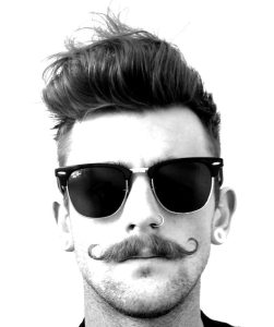 Moustache guidon