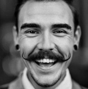 Moustache en guidon