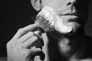 Rasage - bien préparer la peau