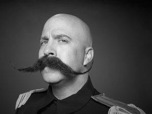Moustache originale