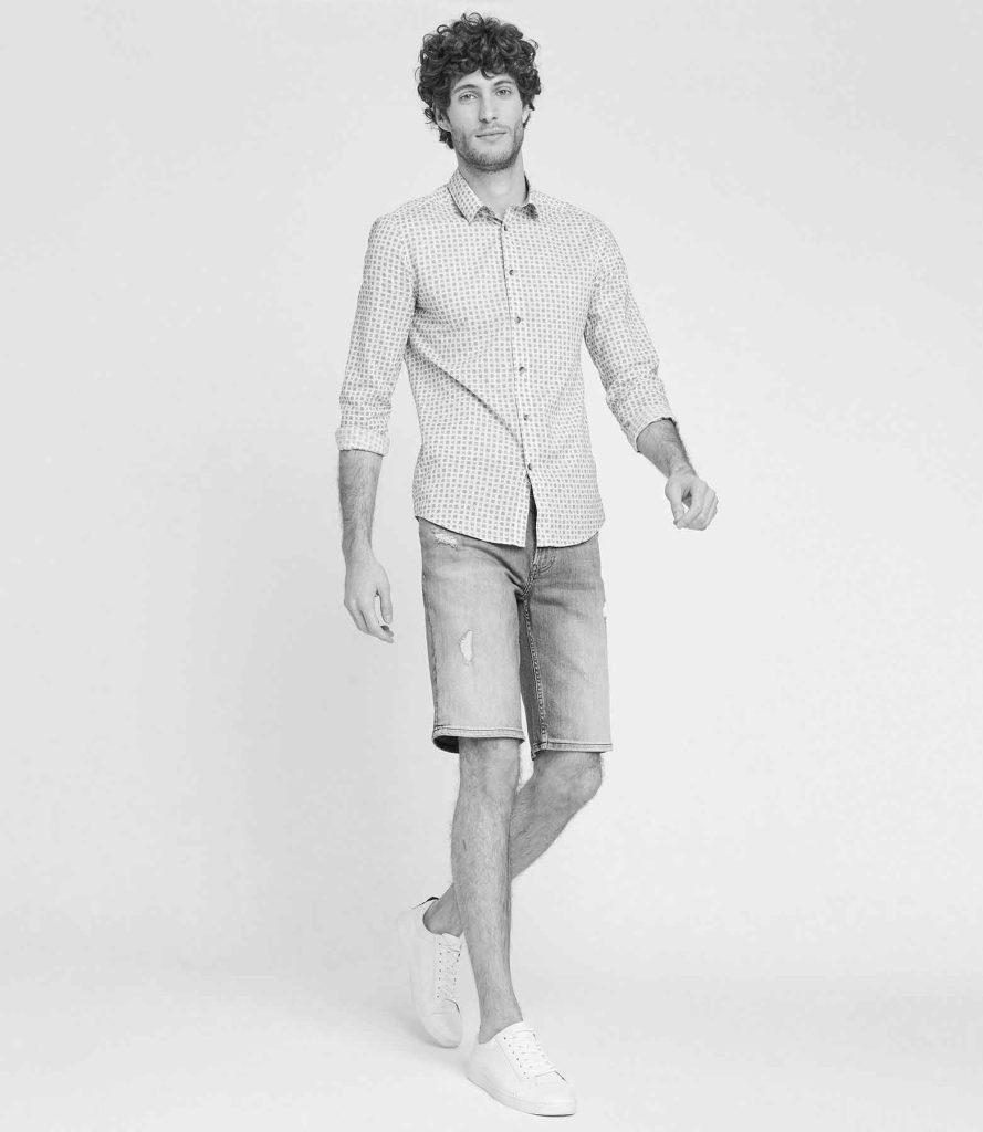 Look : le short en jean pour homme